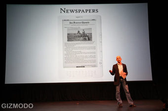 Kindle-DX-Newspapers