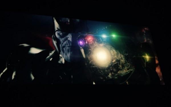 Thanos กับถุงมือใส่เจม
