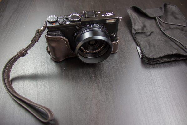 Fujifilm X70 หลังใส่เคส Half leather case BLC-X70