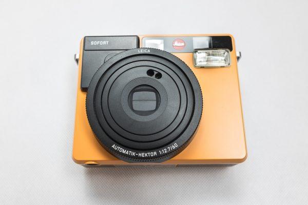 กล้อง Leica Sofort ด้านหน้า