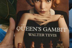 รีวิวสั้น ๆ หนังสือ The Queen's Gambit โดย Walter Tavis